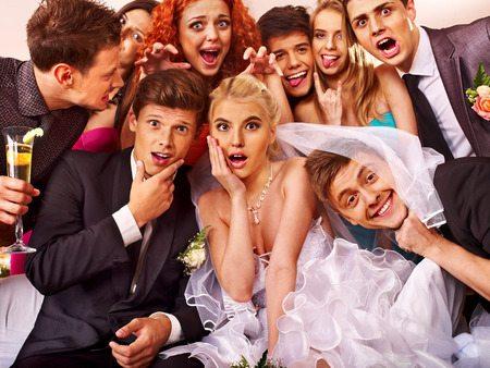 Eine Gruppe von Leuten - Hochzeit